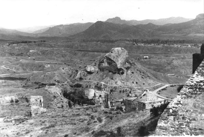 Вид на Судак с генуэзской крепости.
