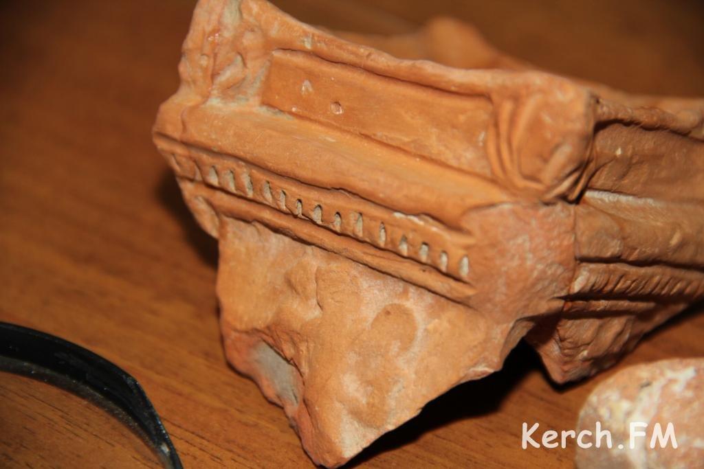 Находки на Митридате могут увеличить возраст Керчи до 2700 лет.