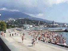 Городской пляж Ялты благоустроят к 1 мая