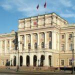 Санкт-Петербург в этом году откроет представительство в Симферополе