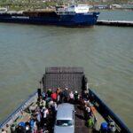 Ожидание в очереди на паром в Крым снова достигает 35-40 часов