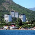 При условии круглогодичной загрузки крымские санатории будут передавать ведомствам РФ