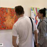 Художница-абстракционист из Севастополя открыла персональную выставку «Первое фолио»