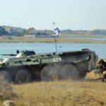 Морская пехота устроила показательную высадку десанта в Севастополе