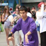 Политическую активность молодежи в Крыму оценили как крайне низкую