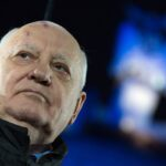 """Горбачев: Запад """"смирился"""" с вхождением Крыма в состав РФ"""