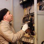 Пожар на трансформаторе в Симферополе оставил без электричества 25 тыс. человек