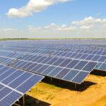 В июне и сентябре 2015 года в Крыму начнут работу 2 солнечные электростанции