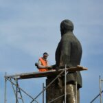 В Симферополе полируют Ленина