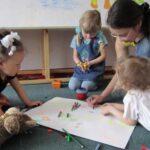 Многодетным матерям Севастополя разрешили устраивать семейные детсады