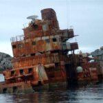 РГО: старые украинские суда превратят в Крыму в искусственные рифы