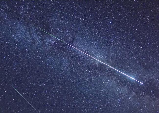 Lyrids_meteor