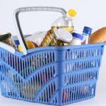 В Крыму назвали сумму минимального набора продуктов