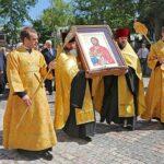 Санкт-Петербург подарил Симферополю частицу мощей Александра Невского