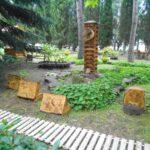 Туристический комплекс в Алуште открыл галерею рисунков на дереве
