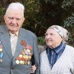 Ветеран из Ялты подарил научной библиотеке Никитского ботсада 1,5 тысячи книг и журналов