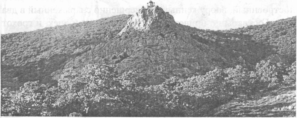 Вид на храм с южнобережного шоссе