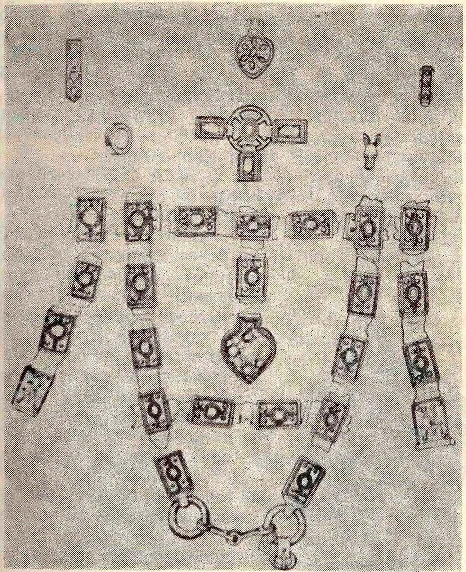 Рис. 14. Уздечный набор со знаками боспорского царя (Керченский полуостров).