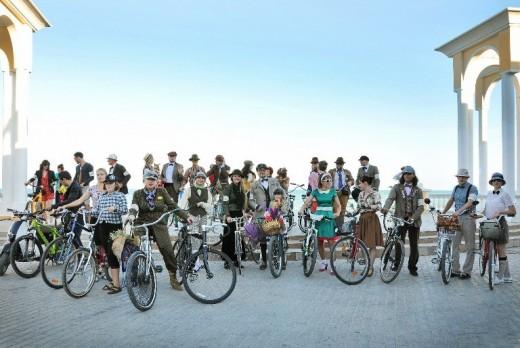 В Евпатории 26 октября запланировано проведение второй велопрогулки «Твидовый велокруиз».