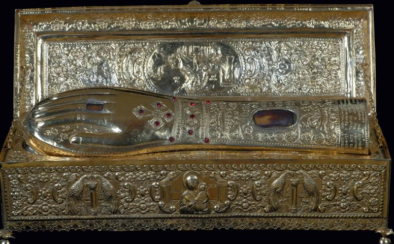 В Симферополь привезут мощи Георгия Победоносца.