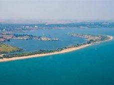 В Керченском проливе определили приоритетные объекты для строительства перехода
