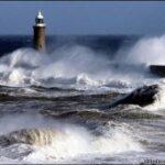 На Керченской переправе на 2 дня объявлено штормовое предупреждение