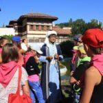 В Бахчисарайском дворце состоялась первая детская экскурсия