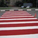 В Крыму обновили разметку на пешеходных переходах