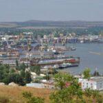 Переправы через Керченский полив ожидают 2,3 тыс. автомобилей