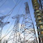 Украина переведет поставщиков электроэнергии в Крым на систему предоплаты