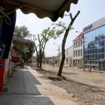 С бывшего незаконного рынка на Козлова в Симферополе сняли оцепление, там работает дорожная техника (ФОТО)