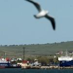 Керченская переправа работает штатно, очередь в Крым снизилась