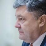 Порошенко рассмотрит петицию о прекращении энергоснабжения Крыма
